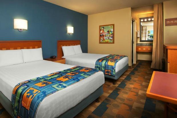 Disneys-Pop-Century-Resort-Old-Guest-Room